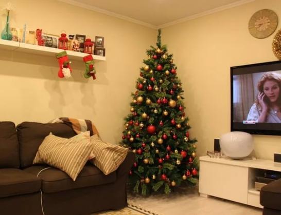 Как украсить квартиру в новым году